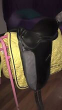 Full Sized Yellow Saddle Blanket And Boots Bellingen Bellingen Area Preview