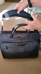Laptop case West Leederville Cambridge Area Preview