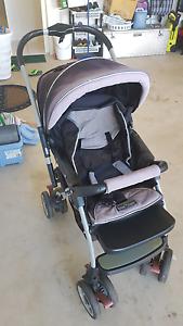 Baby/child pram Glen Eden Gladstone City Preview