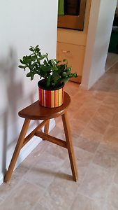 Lovely solid timber stool Rothwell Redcliffe Area Preview