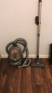 Total Floors Canister Bissell Vacuum