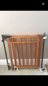 Summer infant no drill top of stairs baby gate