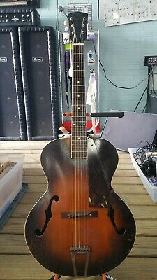 Recording King Archtop Guitar (Gibson made) 1940 w/hard case