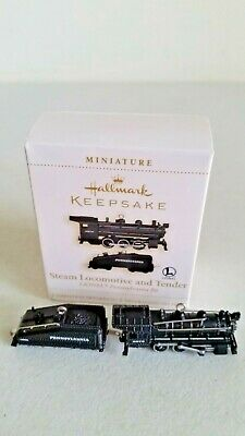 Hallmark 2006 Lionel Pennsylvania B6 Locomotive Tender Set 2 Miniature Ornaments