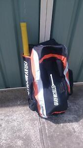 Cricket Kit - Bat, Pads, Gloves, Helmet, Mallet, ball, bag. Deer Park Brimbank Area Preview
