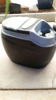 Portable cooler/warmer Burton Salisbury Area Preview