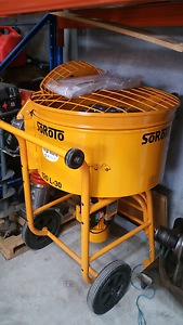 Screed mixer hire $129 per day Padstow Bankstown Area Preview
