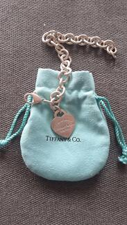 Tiffany & Co Authentic Heart tag charm Bracelet