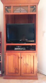 Timber TV Unit - Free Bilinga Gold Coast South Preview