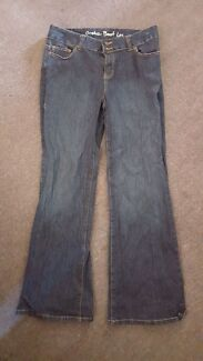 Stretch boot leg jeans size 14. Almost New. Ipswich Ipswich City Preview