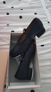 Bloch Tap dance shoes size 12.5
