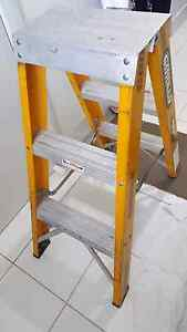 Ladder almost new Leppington Camden Area Preview