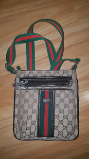 Authentic Gucci GG side bag.