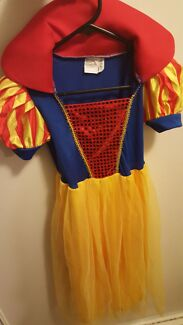 Size 3-5 Snow white costume disney Morley Bayswater Area Preview