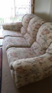 LOUNGE SUITE Richmond Hawkesbury Area Preview
