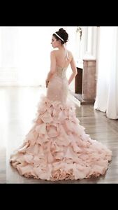 Unique and beautiful wedding dress