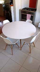 Replica Eames Table & chairs Greensborough Banyule Area Preview