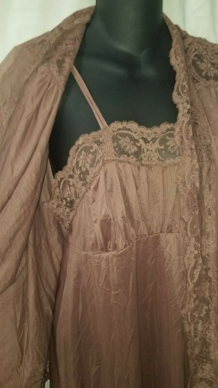 Vintage Olga Nightgown Green Size S Style 9302 brown set ..