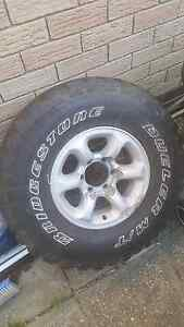 STILL AVAILABLE 32/11.5/r15 4x4 tyre bridgestone mud 6 stud rim Dianella Stirling Area Preview