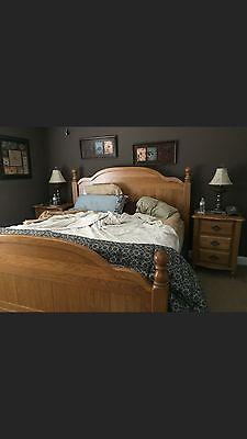Bedroom Oak Footboard (Solid Oak King size bedroom suit. Headboard and footboard, dresser with)