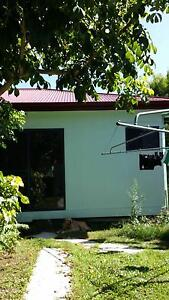 Granny flat close to chermside shopping center for rent Geebung Brisbane North East Preview