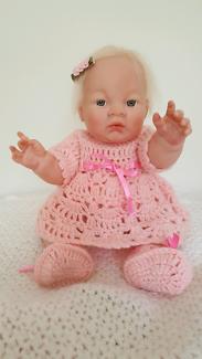 Reborn lifelike doll, full body approximately 15 inches