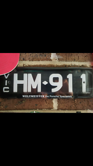 Hm 911  vic plate