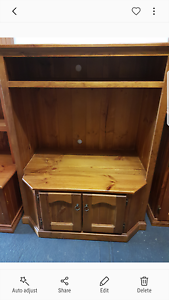 Solid Timber TV Unit Werrington County Penrith Area Preview