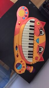 Baby/toddler/children's toy piano & guitar