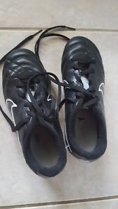 boys cleats soccer  1T Nike shoes