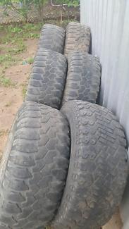 33 12.50 15 x 6 rims tyres