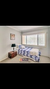 3 BEDROOM IN UPSTAIRS FOR RENT IN SUNNYBANK HILLS Sunnybank Hills Brisbane South West Preview