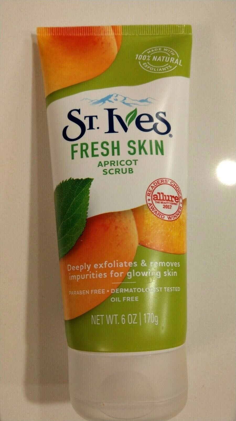 NEW St Ives Fresh Skin, Apricot Facial Scrub, 6 Oz, Dermatologist Tested - $3.95