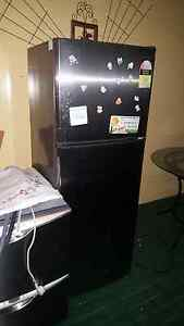 Pending pick up ----- Free fridge and dishwasher. Logan Central Logan Area Preview