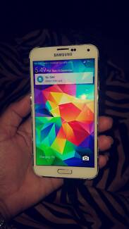 Samsung Galaxy S5 Port Kennedy Rockingham Area Preview
