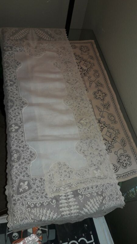 ANTIQUE LACE - FINE HANDMADE LACE TABLE RUNNERS
