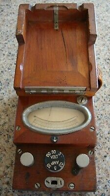 Antique Voltmeter In Wood Box Very Old From 0 To 30 Amp. 0 To 150 Volts