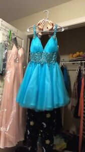 Blue grad prom dress size 6 med
