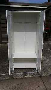 Wardrobe for sale. Free deliver Daceyville Botany Bay Area Preview