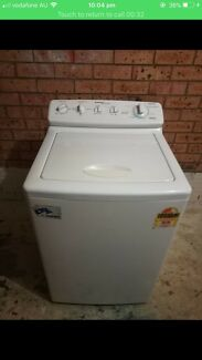 Washing machine  simpson 5 kg