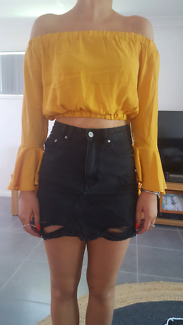 Crop top size m or 10-12