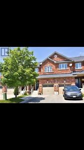 Vaughan Vellore Village Townhome for Rent - 3bed, 4 bath