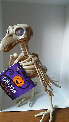 "BIRD SKELETON HALLOWEEN Posable JAW, HEAD&WINGS Decor Prop 7 1/4"" tall"
