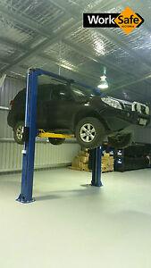 2 POST CAR HOIST. CLEAR FLOOR. 4.5T 4500 KGS. 240V