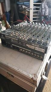 Behringer XENYX 1622FX Mixing Desk (and case) Hamilton Newcastle Area Preview