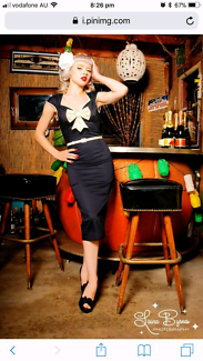 Pin Up Girl Clothing / Laura Byrnes Navy / Cream Dre