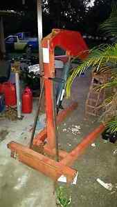 Xtra heavy duty workshop engine hoist/ crane Ellen Grove Brisbane South West Preview