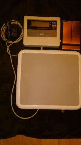 Tanita BWB-800A Digital Scale + Display 440 lb Capacity