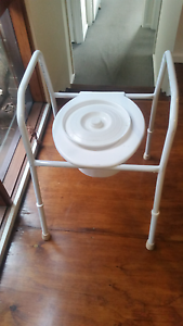 Commode - toilet Phillip Woden Valley Preview