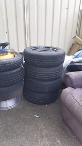 Free babay stuff and tires Quakers Hill Blacktown Area Preview